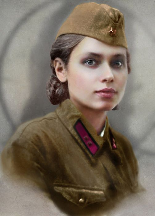 Unknown girl - Lieutenant of the Red Army | by klimbims