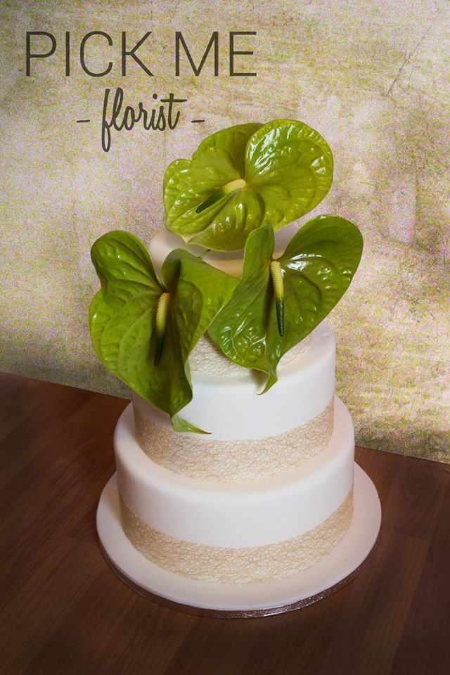 cake topper created by Hannah Stracy at PickMe, South Wales, UK. https://www.facebook.com/PickMeFloristry/