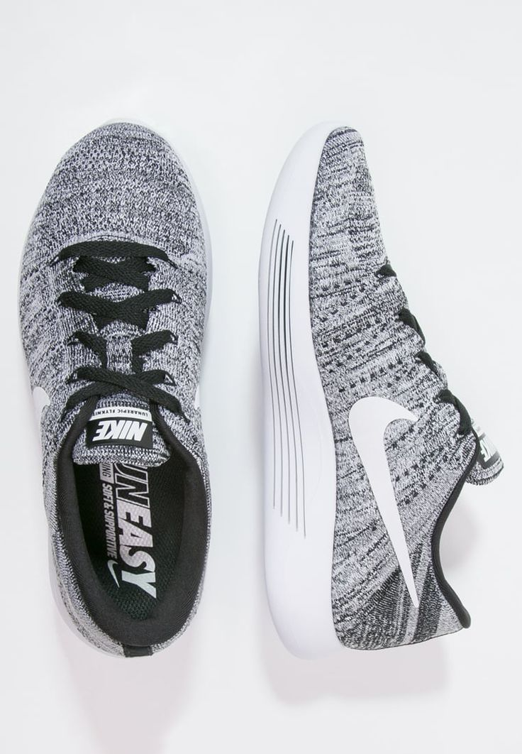 bestil Nike Performance LUNAREPIC FLYKNIT - Neutrale løbesko - black/white til kr 1.295,00 (12-11-16). Køb hos Zalando og få gratis levering.