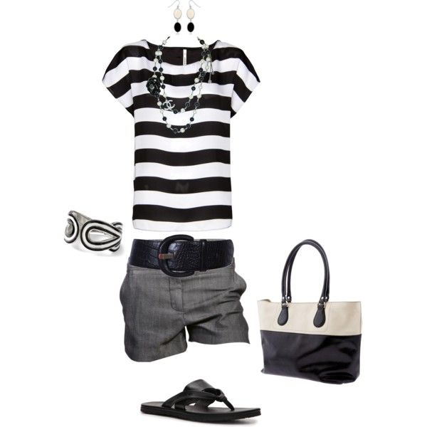 Cute, cute, cute. Kind of has a nautical feel to it:) Black & White is always chic.: Style, Shorts Outfits, Black And White, Summer Stripes, White Outfits, Summer Outfits, Black White, Wear, Grey Shorts