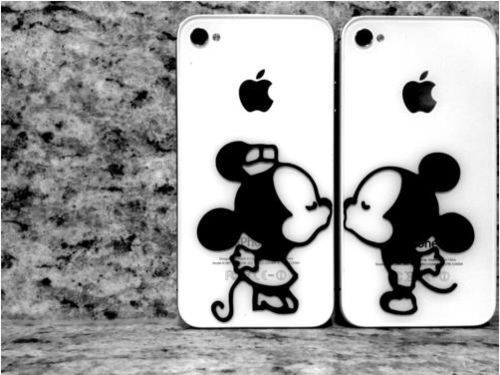 Mickey and Minnie iphones.  adorable!