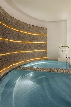 Indoor Spa Tub at the Le Blanc Spa Resort (All Inclusive), Cancun, Mexico