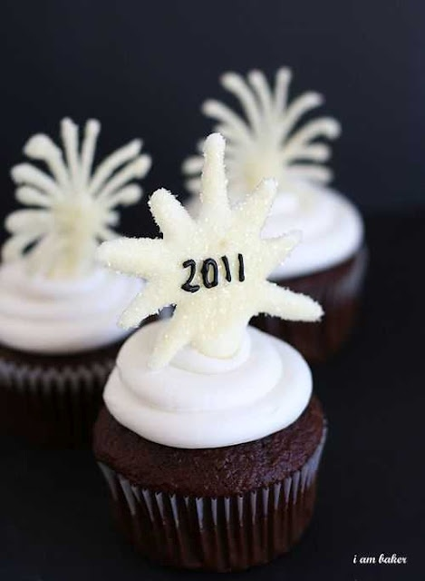 new-years-appetizers.jpg  Treats/desserts too!