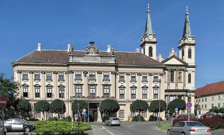 Szombathely.Püspöki palota és székesegyház