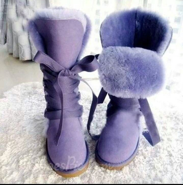 Pinterest: moonshineeeeee  I  want  a  pair  of  these  boots ! Where  can  I  get  this  pair ?