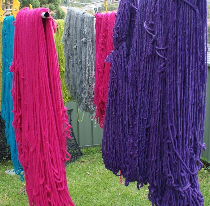 Colourful wool rug yarn for hand weaving floor rugs