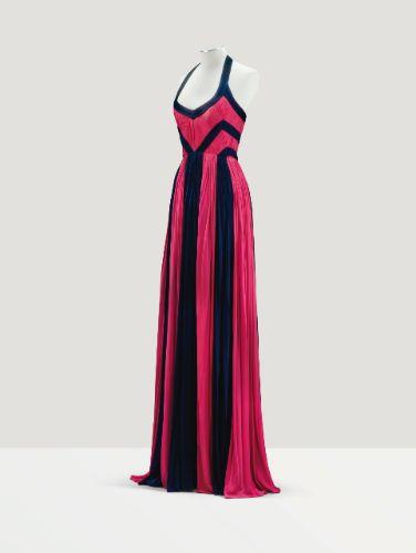15 Abendkleider aus den 80ern, die immer noch gut aussehen