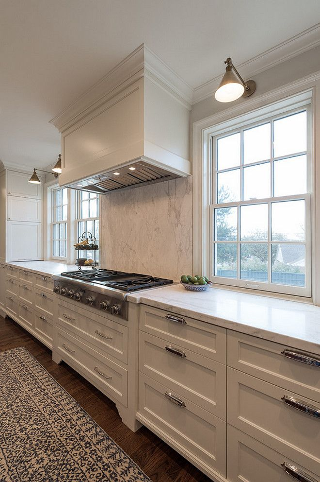 Kitchen with only drawers on lower cabinets. Kitchen lower drawer cabinet ideas. #Kitchen #drawercabinets #drawerlowercabinet…