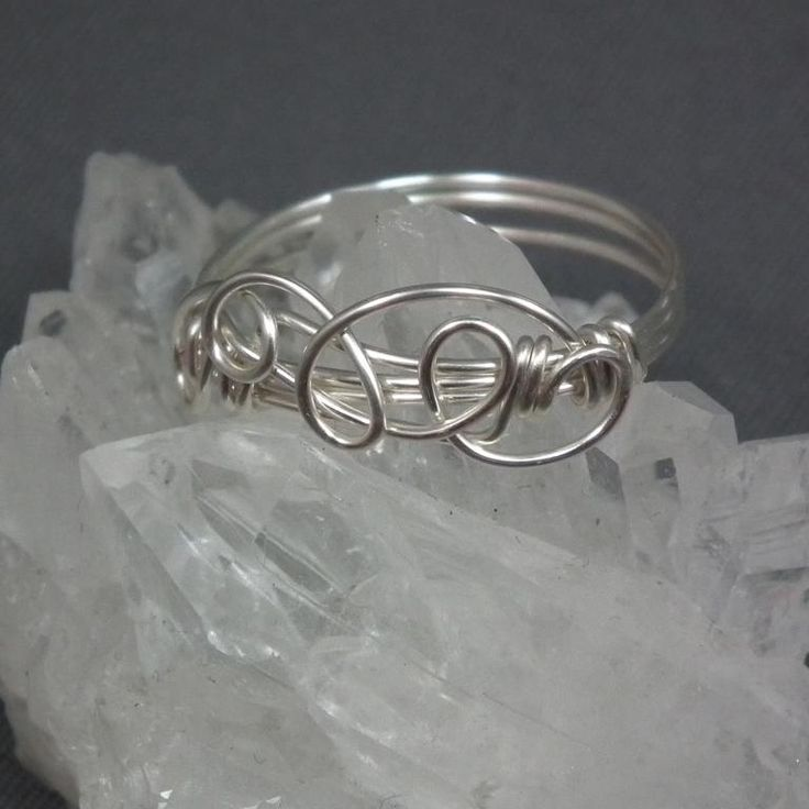 103 best WIRE TWISTING images on Pinterest Wire jewelry Wire wrap