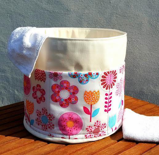 FANTASY FLOWERS BASKET 5 Pockets Bag Round by VintageFromChris