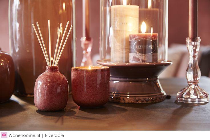 Riverdale woontrends najaar 2016 Antique Pink Voor een warm en romantisch najaarsinterieur is Antique Pink een absolute must qua kleur in huis. Antique Pink is prachtig in combinatie met zacht lila, Merlotrood, chocoladebruin en roze. Imitatiezijde bloemen in vergrijsde tinten zijn de finishing touch.