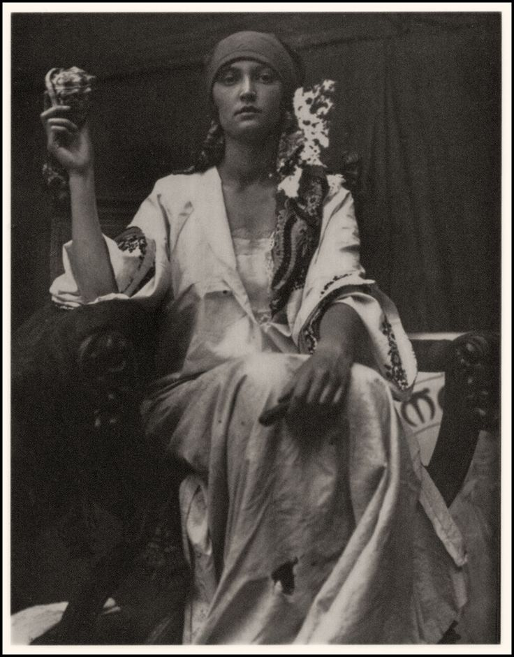 Alphonse Mucha, world renowned for his Art Nouveau graphics, used photographs of models for much of his reference material. But sometimes the photographs themselves were beautiful and had that Mucha look about them—such as this inspirational 1919 image he used as a study for a bank note design