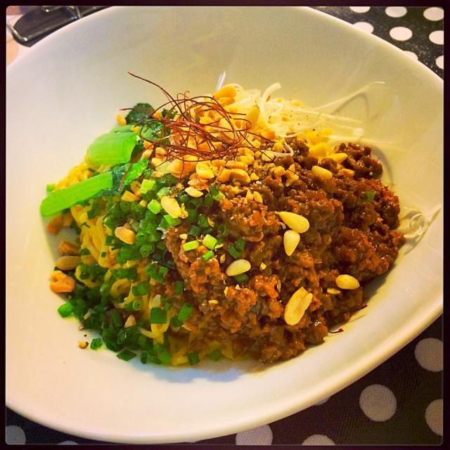 0から作ったよ〜。一日中キッチンに居て夜を迎えた  辛いっ‼︎ - 44件のもぐもぐ - 冷やし汁なし担々麺! by cocoatea