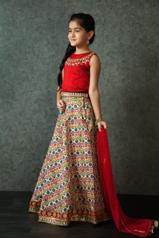 Embroidered digital print lehenga with dupion silk choli from #Benzer #Benzerworld #Kidswear #ghagracholi #WeddingDressesForKids