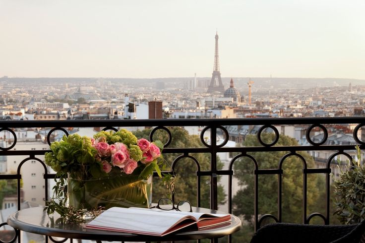 A romantic break in the City of Love is a dream come true for any enamored couple, and the stylish Terrass Hotel in Montmartre has not just graciously decorated rooms, but also some of the best views in town.