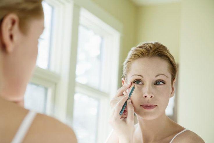 7 astuces pour des yeux de biche sur http://www.flair.be/fr/beaute/317461/7-astuces-pour-des-yeux-de-biche