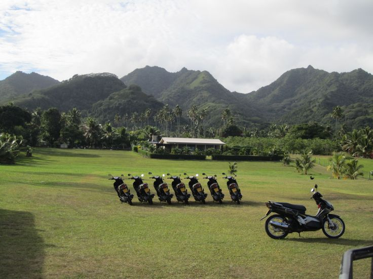 Scooters are everywhere in Raro!    #CookIslands #Rarotonga #Vacation