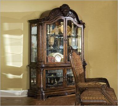 Michael Amini Windsor Court Curio Cabinet: Dining Rooms, Windsor Court, China Cabinets, Michael Amini, Furniture Design, Aico Furniture, English Countryside, Curio Cabinets, Court Curio
