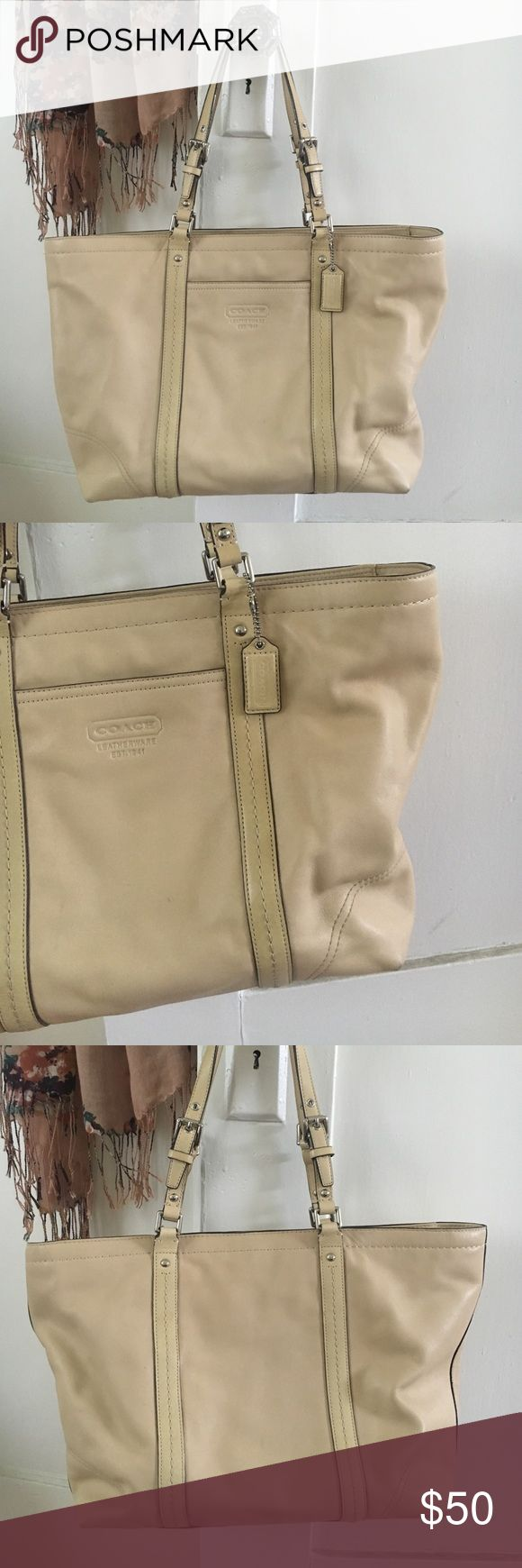 coach tote bag great leather coach bag. perfect for school, travel, work and more. Coach Bags Totes