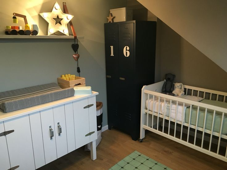 Meuble Salle De Bain Image : Babyboy nursery babykamer stoere jongenskamer vintage