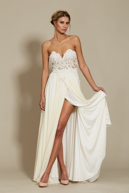 Tiana Dress Bridal 2018 Oana Nutu Fashion Designer Wedding Dress Wedding Gown www.OanaNutu.com  #fashion #style #shopping #oananutu #Bridal #BridalDress #WeddingDress #Bride #FashionDesigner #Wedding