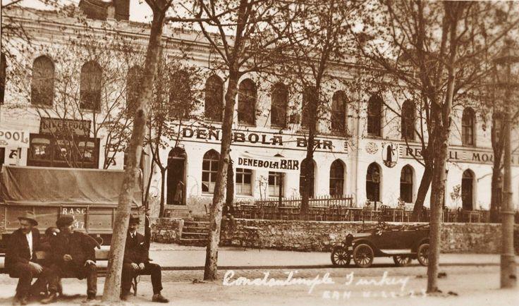 Taksim Topçu Kışlası / 1920′ler