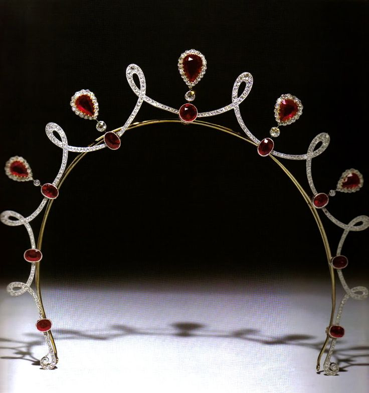 Keppel Tiara, United Kingdom (early 20th c.; synthetic rubies, diamonds). Gift of King Edward VII to his favorite mistress Alice Keppel, the great-grandmother of the Duchess of Cornwall. The duchess has worn the tiara off the frame as a necklace.