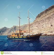 Resultado de imagem para barcos antigos