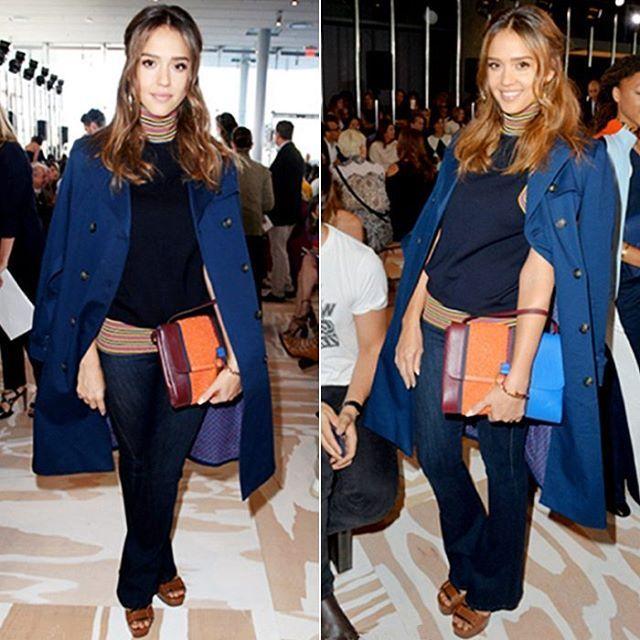Джессика Альба была замечена на показе Tory Burch в расклешённых джинсах DL1961. В который раз убеждаемся, что клеш придает образу элегантность и женственность, не теряя при этом в особом джинсовом шике и комфорте. Подобрать себе модные расклешенные джинсы вы сможете в JiST или jist.ua  #fashionable #outfitidea: #stylish #JessicaAlba looks #chic in #flare #DL1961 #jeans #мода #стиль #тренды #джинсы #ДжессикаАльба #модно #стильно #осень #киев #jist