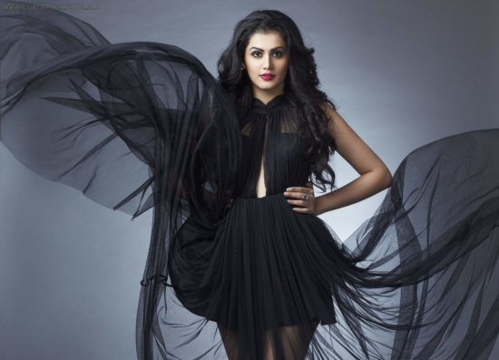 taapsee pannu: Latest taapsee pannu-Wallpapers,taapsee pannu Photos-Hot and sexy, bikni,latest photoshoot