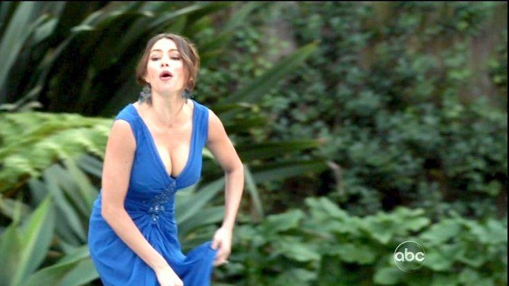 Sofia Vergara Photos - Modern Family Season 3 Episode 13 - Zimbio