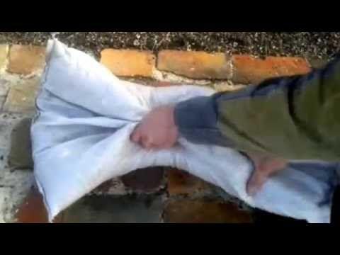 Укрытие кустов винограда на зиму новейший способ,выдержует морозы до 50 градусов - YouTube