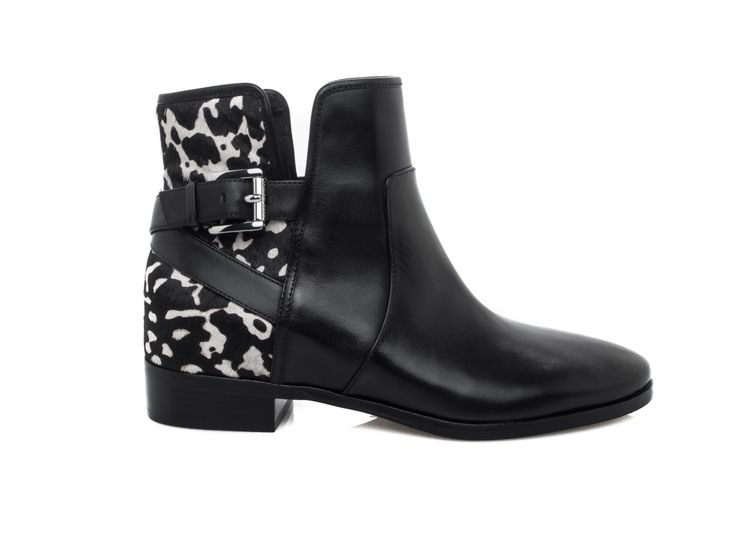MICHAEL KORS - Leather ankle boots with horse-like application - Black/white - Elsa-boutique.it <3 #MK #MichaelKors #Kors