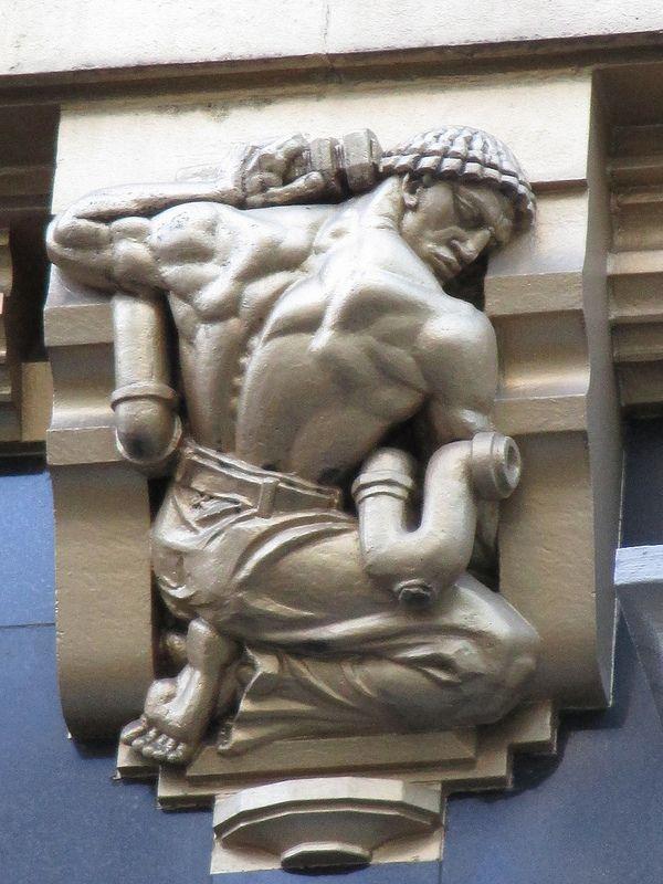 392 best images about sculpture homme male sculpture on pinterest hercules marble. Black Bedroom Furniture Sets. Home Design Ideas