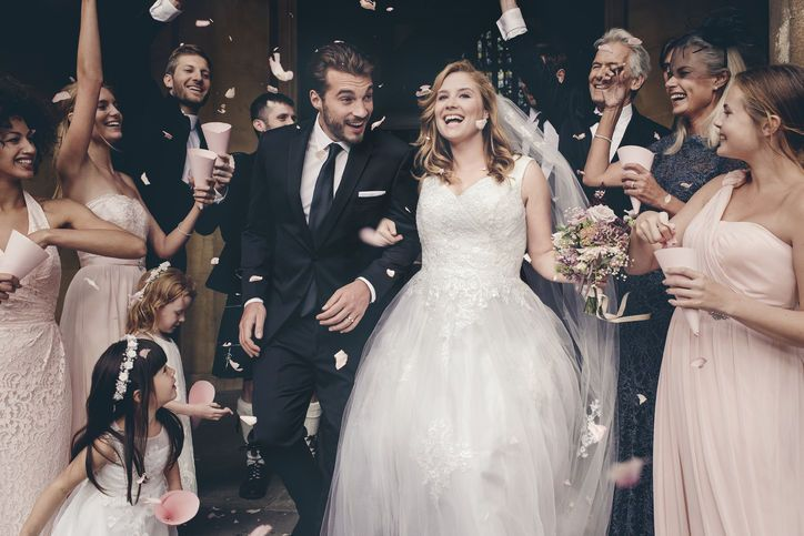 "David's Bridal Picks an ""Average Size"" Bride for Its Stunning Spring Ad Campaign"