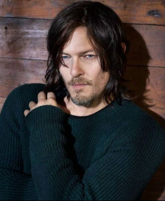 Sexy, Sultry Norman Reedus...I love this picture of him ♥️♥️♥️