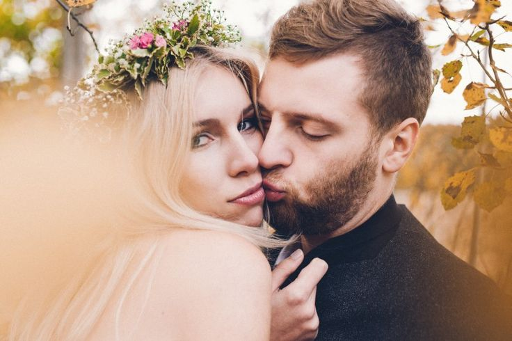 by Studio Obrazkowe / #romantic #emotions #forest #love #weddingsession #couple #groom #bride #wedding #bohobride #fall #newlyweds #poland #floralcrown