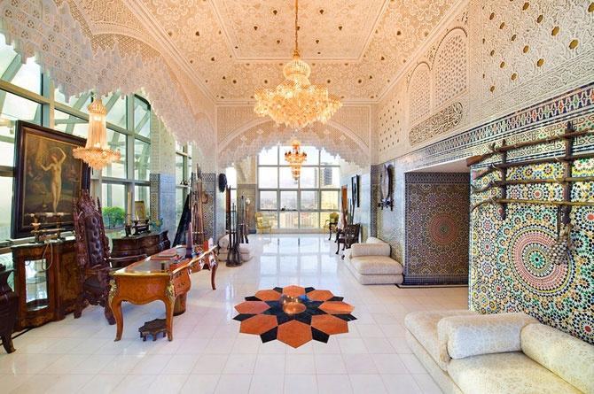 El interior de un palacio árabe, pero en un complejo residencial en Miami espectacular.