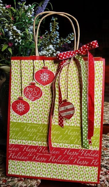 decorated christmas bags | Christmas gift bag decorated by nanette