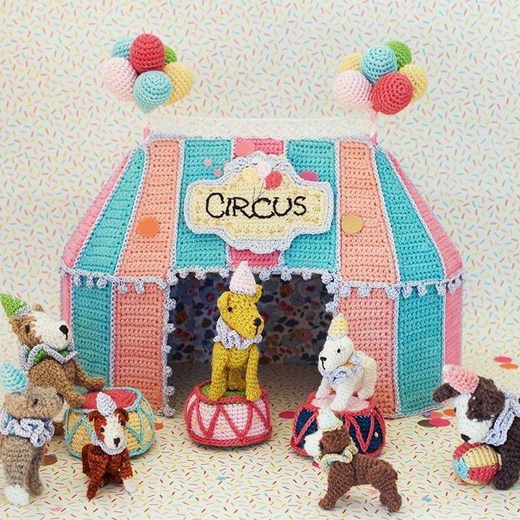 Sneak peek for 'A Day at the Circus'. I can't tell you how lovely it is to be at the photography stage. @intambo_yarn #greedyforcolour #craft #crochet #adayatthecircus #vinniscolours #vinnisnikkim #intambo