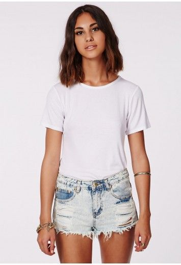 Missguided - Mitalia Studded Acid Wash Denim Hotpants