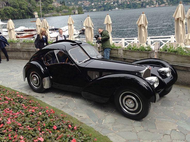 """Ralph Lauren's Bugatti Atlantic 57SC, winner of the """"Concorso d'Eleganza Villa d'Este"""", the most prestigious vintage cars Concours d'Elegance in the world"""