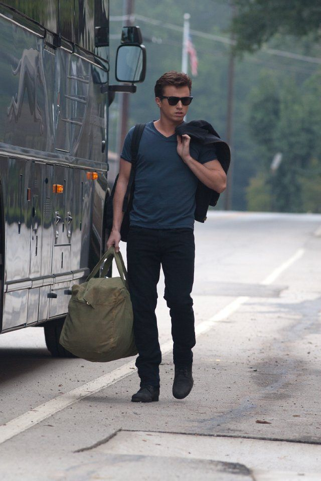 Kenny Wormald as Ren McCormack. Terrible movie, beeeeautiful man.