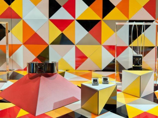 Hermès, store display in London. #geometricSpaces, Geometric Pattern, Colors