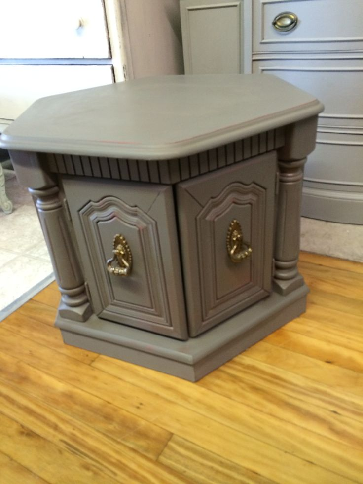 Side Table Painted In Amy Howard One Step Graphite And Charm School