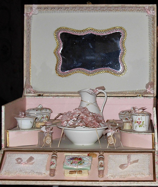 Antique French Vanity in Presentation Box Circa 1890's This Antique French  All Original Presentation Box with - 129 Best Antique Powder Puffs Images On Pinterest Vanity, Face
