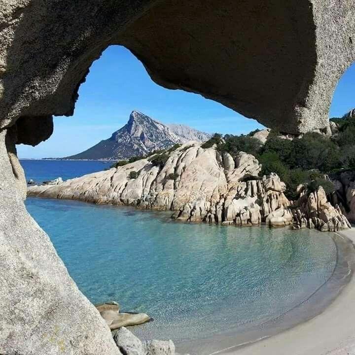 Cala Girgolu (S.Teodoro). Sardinia/Cerdeña