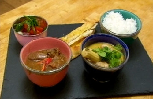 Come dine! Fish cakes, followed by Thai green curry and chicken dansak, with side salad and naan, then chocolate square with pineapple and flavoured yoghurt