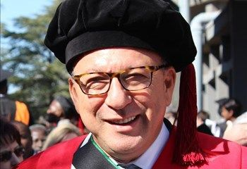 Congratulations to Trevor Manuel for receiving an honorary doctorate in Economic and Management Sciences. This is one of many honorary doctorates from universities such as the University of Kwazulu Natal, University of Cape Town, the McMaster University in Canada, and many other universities. He has also received other honorary awards such as being made a UCT Honorary Professor and he is the chancellor of CPUT.  [the_ad id=50]