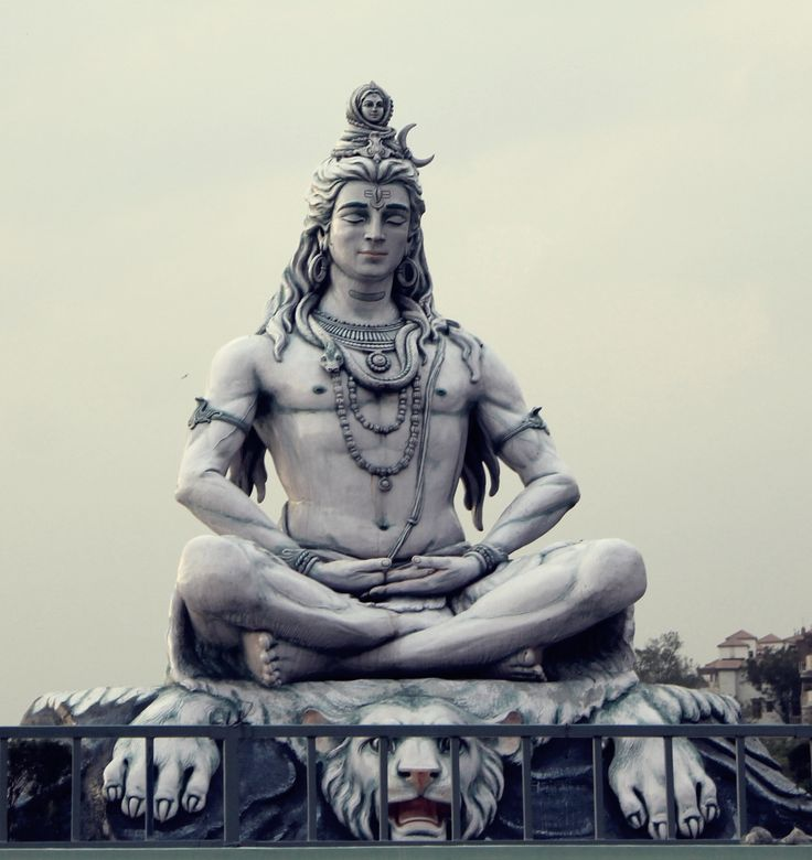 Lord Shiva's statue in Rishikesh. Parmarth Ashram.